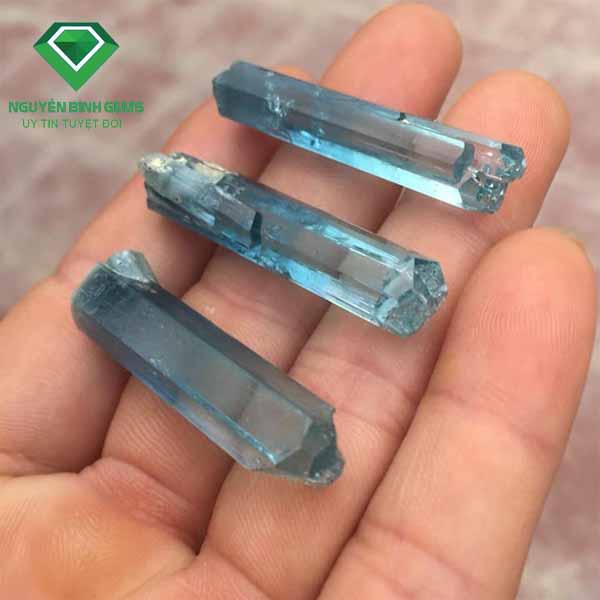Đá Quý aquamarine