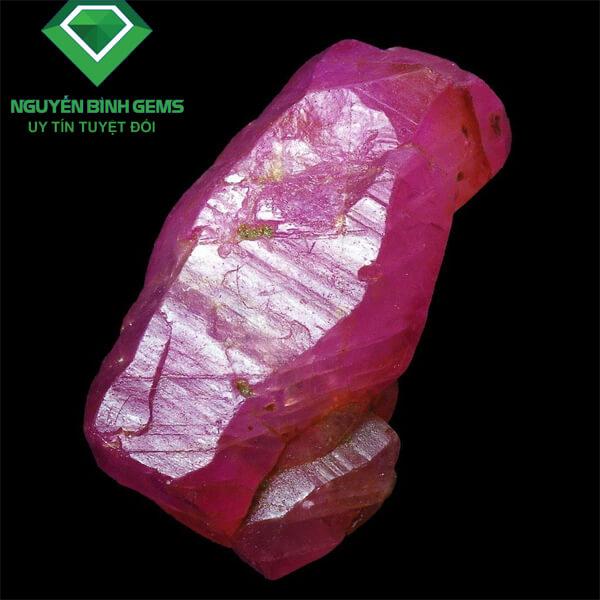tinh thể đá ruby